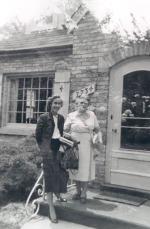 Mary Walker meets Dick's mother in Kenosha, Wisconsin.